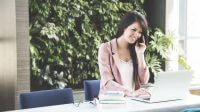 Woman Call | Telstra Accredited Telephone Business Systems - Corporate Business Direct